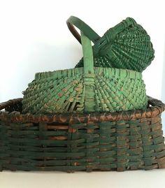 Antique All Original Dry Green Paint Splint Work Basket Purist Alert Fabulous ~♥~ Old Baskets, Vintage Baskets, Wicker Baskets, Woven Baskets, Painted Baskets, Picnic Baskets, Painted Wicker, Color Style, Shabby Chic