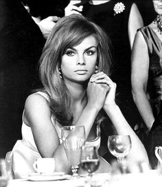Jean Shrimpton 'it' fashion model of the 1960's exemplifies classic '60's hair & style.