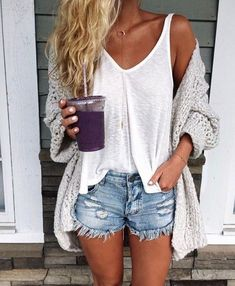 45 Cozy Summer Outfits Ideas for women who look trendy fashion these days Casual Summer Outfits Cozy days fashion Ideas outfits Summer Trendy women Komplette Outfits, Fashion Outfits, Junior Outfits, Fashion Clothes, Trendy Outfits, Rustic Outfits, Paris Outfits, Fashion Shorts, Woman Outfits