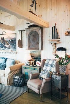 Maine house, beach cottage style, coastal style, coastal cottage, coastal d Beach Cottage Style, Beach Cottage Decor, Coastal Cottage, Coastal Living, Coastal Decor, Coastal Bedrooms, Cottage Rugs, Cottage Furniture, Coastal Style