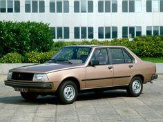 El #Renault 18 GTL fue lanzado al mercado en Colombia en 1981 con una producción inicial de 7.500 unidades. Recordamos lo que somos, #RenaultRetro. #Renault Imagen vía http://goo.gl/SAsNwl