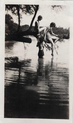 Waternyphs 1930 Vintage photo