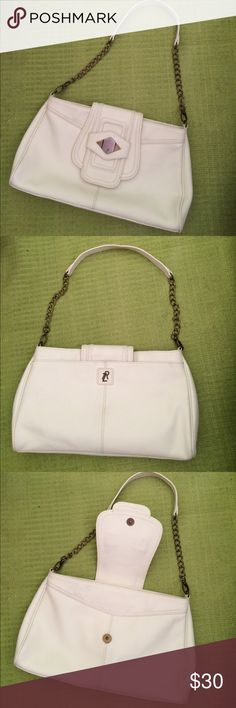 Rachel Zoe shoulder bag Gently loved, genuine leather, Rachel Zoe shoulder bag . Color- ivory. Brass tone hardware. Chain and leather strap. Very beautiful!! Rachel Zoe Bags Shoulder Bags