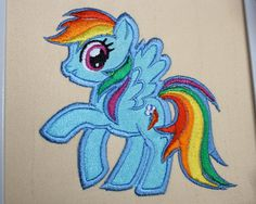 Rainbow dash embroidery
