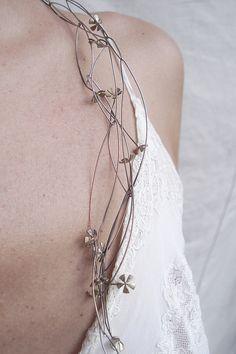 Necklace by PATRICIA GALLUCCI-ARGENTINA, via Flickr