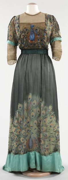 Front View of the Beautiful 1912 Peacock Gown ...