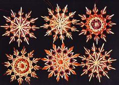 Strohsterne: 6er-Set violette/rost adR77 von Handgefertigte Strohsterne auf DaWanda.com