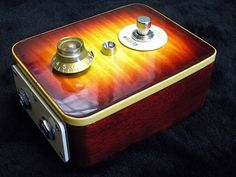 RS Guitarworks Burst Boost  the classic Les Paul guitar styling is kind of delightful: skirted knob, sunburst finish, cream switch plate, binding on edges, mahogany side…