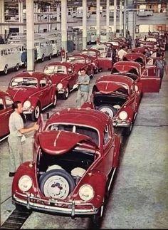 Bugatti, Lamborghini, Audi, Porsche, 135i Coupe, Vw Group, Good Looking Cars, Beetle Car, Vw Vintage