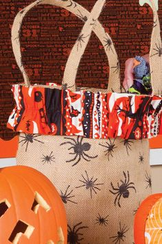 DIY Halloween Burlap Bag with Ruffle Top! This project tutorial is easy to follow!