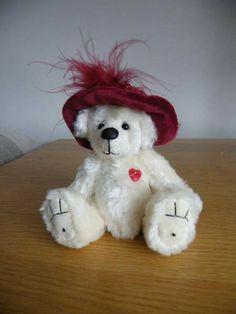 Gabby by Gyll's Bears