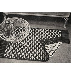 This crocheted rug pattern is reversible.   Why is a reversible so marvelous ?   Well, when one side gets dirty, just turn it over !