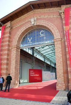 Entrance to Vienna Contemporary Entrance, Contemporary Art, Places, Vienna, Entryway, Door Entry, Modern Art, Lugares, Contemporary Artwork
