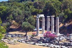 ΣΤΗΝ «ΕΝΕΡΓΕΙΑΚΗ» ΣΑΜΟΘΡΑΚΗ Το ορεινό νησί με την άγρια φυσική ομορφιά θα σας τυλίξει στη μυστηριακή του αύρα Greece Islands, Greece Travel, Where To Go, Mystic, Beautiful Places, Places To Visit, Traveling, Travel, Greece Vacation