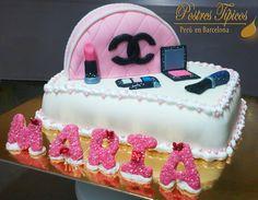 Torta Neceser con Cosméticos para el cumpleaños de Maria.