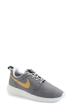 Free shipping and returns on Nike 'Roshe Run' Sneaker (Women) at Nordstrom.com. Specifically designed for Zen-like simplicity, an ultra-lightweight sneaker can be worn with or without socks for serious styling versatility. The Lunarlon midsole and cushioned collar make sure every step is a comfy one.