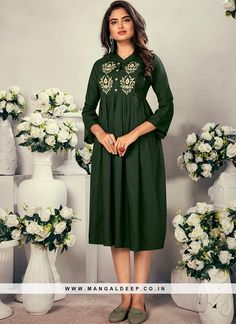 31067 Latest Kurti Design LATEST KURTI DESIGN | IN.PINTEREST.COM FASHION #EDUCRATSWEB