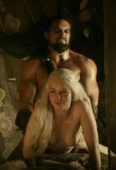 Resultado de imagen para Emilia Clarke naked