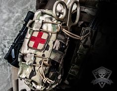 Grey Ghost Gear - Slim Medic Pouch - Real Time - Diet, Exercise, Fitness, Finance You for Healthy articles ideas Tactical Medic, Tactical Wall, Tactical Backpack, Edc, Tactical Equipment, Military Equipment, Accessoires Molle, Le Sniper, Bug Out Gear