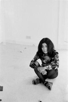In Praise of Yoko Ono's Inimitable Style