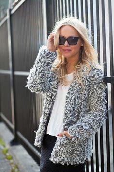 Flauschige Weste. Gutscheine & Rabatte für Damenmode gibt es hier: http://www.deals.com/kategorien/mode-und-accessoires/ #gutschein #gutscheincode #sparen #shoppen #onlineshopping #shopping #angebote #sale #rabatt #mode #fashion