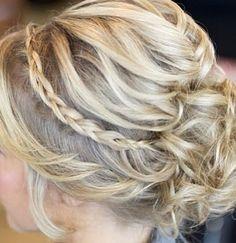 Mini inside out braid, Future prom Hair? Side Hairstyles, Pretty Hairstyles, Wedding Hairstyles, Hairstyle Ideas, Evening Hairstyles, Bridesmaid Hairstyles, Medium Hairstyles, Formal Hairstyles, Romantic Wedding Hair