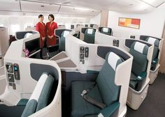 Our new Business Class gives our passengers a perfect balance of privacy and openness. Check out more about its features at www.cathaypacific.com/newbusinessclass