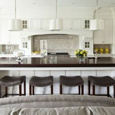 I like the hutch over the stove top. Very homely