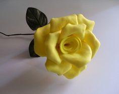 Flores em Eva Amarelo Ouro - tamanhoPP