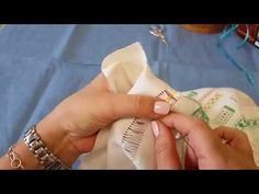 Curso de vainicas - YouTube Wooden Spools, Weaving, Crafty, Friends, Liliana, Youtube, Handmade, Diy, Crochet Dishcloths