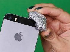 Aluminum Foil Hacks: All the Ways That This Foil Can Change Your Life - Page 31 of 78 Oven Cleaning, Cleaning Hacks, Cleaning Products, Lifehacks, Grease Stains, How To Remove Rust, Furniture Legs, Tips & Tricks, All The Way