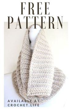 Bulky crochet cowls and scarves, designed with thick and sturdy fabrics, are my go to winter accessories. The North Ridge Crochet Cowl Shawl Patterns, Easy Crochet Patterns, Crochet Stitches, Quick Crochet Gifts, Free Crochet, Crochet Wraps, Diy Crochet Projects, Crochet Neck Warmer, Crochet Scarves