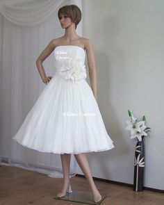 Claire - Vintage Inspired Tea Length Wedding Dress. Retro Silk Chiffon  Bridal Gown. a8296c8a588