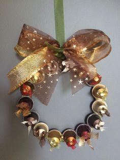Coroa de Natal - Capsulas de Nespresso                                                                                                                                                                                 Mais