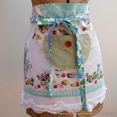 Vintage Fruiy Kitchen Apron Upcycled Linen - by paisleypath on madeit