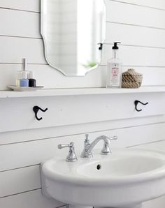Ledge for extra storage in the bathroom.