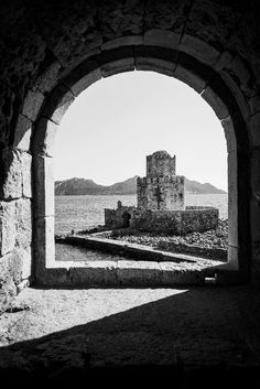 Methoni Castle, Greece By Fanis Ntaikos  https://f11news.com/17/01/2018/methoni-castle-greece-by-fanis-ntaikos