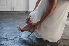 #queen #king #heliotoposweddings #weddingsinsantorini #fairytale #weddingshoes #highheels #cinderella #sparklingshoes #luxuryshoes #diamonds #imerovigli #weddingplanner #nameundertheshoe #meandyouforever #weddingstyle Santorini Wedding, Luxury Shoes, Wedding Shoes, Fairytale, Wedding Planner, Cinderella, High Heels, Diamonds, King