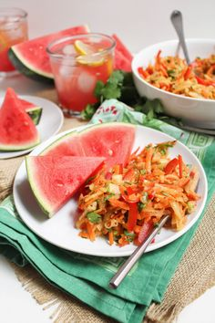 Easy, tasty AND incorporates the rind? This Watermelon Rind Coleslaw is the best side. Other Recipes, Veggie Recipes, Whole Food Recipes, Healthy Recipes, Healthy Food, Watermelon Rind, Diet And Nutrition, Health Diet, Food Test