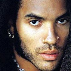Lenny Kravitz. It's amazing how some people are just so sexy it makes you wanna cry...