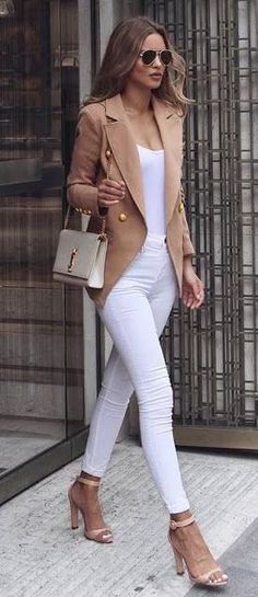 White and Nude Fashion Trends Blazer Plus Heels Plus Pocket Plus Top Plus Skinnies - Frauen Mode - Women's Fashion Casual Chic Outfits, Work Casual, Casual Bags, Dress Casual, Classy Outfits For Women, Smart Casual, Semi Casual Outfit Women, Look Casual Chic, Ladies Outfits