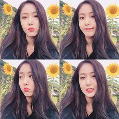 Kpop Girl Groups, Korean Girl Groups, Kpop Girls, Sinb Gfriend, Gfriend Sowon, Extended Play, Gfriend Profile, Girls Diary, Korean Beauty Girls