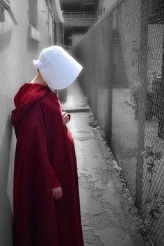 You are watching the movie The Handmaid's Tale on Putlocker HD. Adapted from the classic novel by Margaret Atwood, The Handmaid's Tale is the story of life in the dystopia of Gilead, a totalitarian society in what was Handmaid's Tale Tv, A Handmaids Tale, Handmade Tale, Torch Song, Pregnancy Costumes, Tales Series, Margaret Atwood, Tv Shows, Cosplay