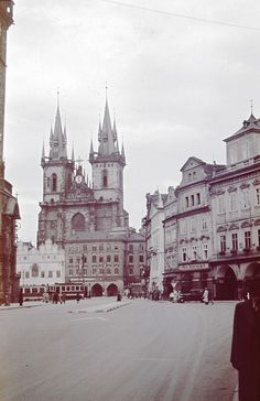 Czech Republic - Old City Square in Year cca 1942 (many Years ago my Schoolfriend found in the loft of his home a few of original old slides. Prague Czech Republic, Heart Of Europe, Old Town Square, Space Travel, City Photography, Old Pictures, Cool Places To Visit, Beautiful Places, World
