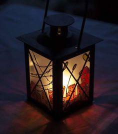 Διακοσμητικό φαναράκι για μια μαγική και ιδιαίτερη ατμόσφαιρα. Crafting, Lighting, Home Decor, Light Fixtures, Craft, Artesanato, Crafts, Needlework, Lights