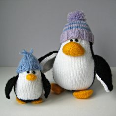 Ravelry: Bobble and Bubble Penguins pattern by Amanda Berry