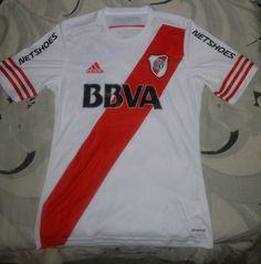 OFICIAL  Camiseta de River Plate 2014 2015 por Adidas. (Frente). Martin  Fossa · Camisetas de Fútbol b7d077cea7554