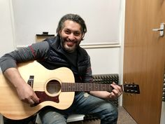 https://www.londonguitaracademy.com/guitar-lessons-and-guitar-teachers-in-totteridge