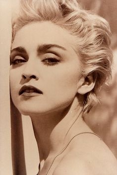Madonna by Herb Ritts, photoshoot for the True Blue Cover, 1986