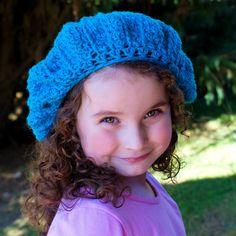 French Beret Crochet Pattern {Fits 13 Years & Up} via Hopeful Honey